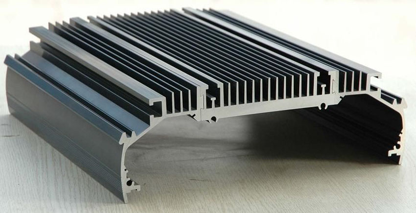 Why are Aluminum Extruded Heat Sinks Preferred for Industrial Use?